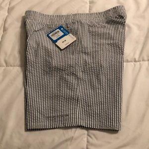Columbia Super Backcast shorts - size YL